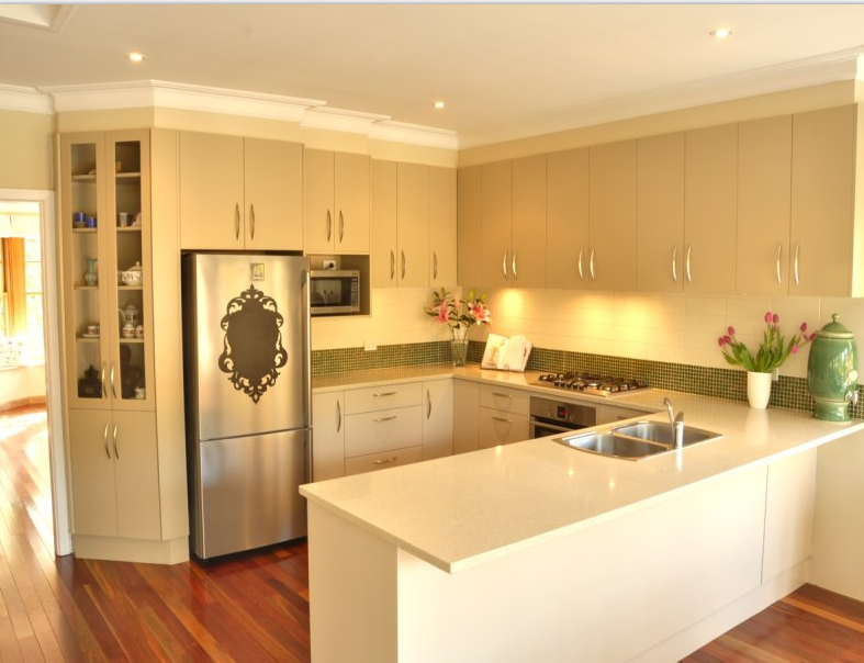 Cucina a vista o separata come scegliere la design - Cucina a vista ...